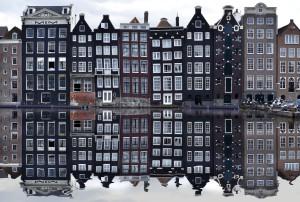 amsterdam-988047_1920