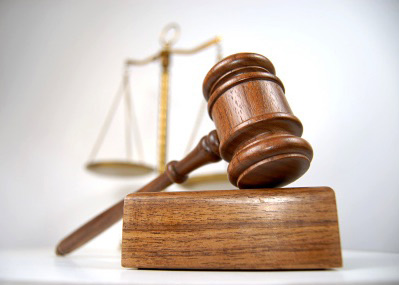 Ik heb een klein inkomen maar wil de hulp van een advocaat inschakelen. Heb ik recht op gesubsidieerde rechtsbijstand?